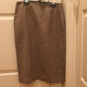Ann Taylor wool pencil skirt size 4